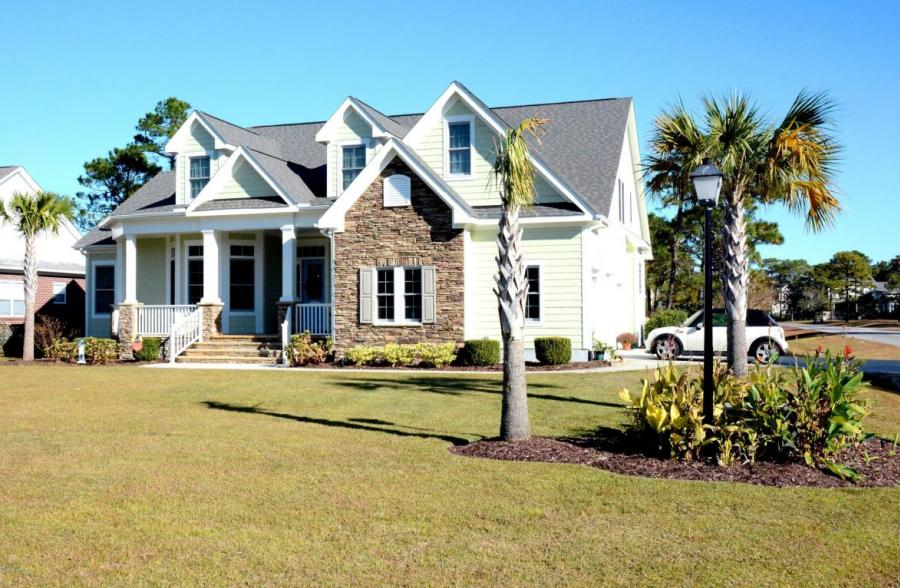 4398 Ascot Circle SE, Southport, North Carolina