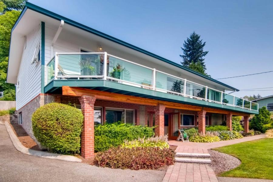 18731 Ross Rod, one of homes for sale in Bothell