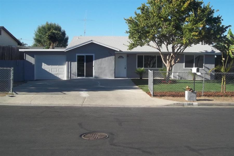 One of Vista 4 Bedroom Single Story Homes for Sale