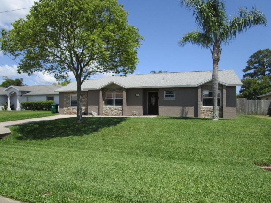 3388 Kilbee Street, Mims, Florida